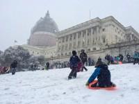 Kids, parents defy Capitol Hill sledding ban
