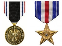 Grassley to present military medals