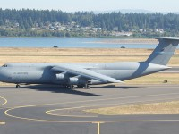 U.S. military's largest aircraft to land in Des Moines