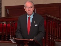 Grassley introduces 'Know Before You Owe' student loan bill