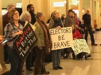 Iowa Electors Vote Trump